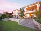 Casa Unifamiliar for  sales at Remarkable home in an upmarket Boskloof Eco-Estate  Somerset West, Provincia Occidental Del Cabo 7130 Sudáfrica