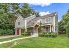 Casa para uma família for  sales at Colonial 131 Upland Road  Newton, Massachusetts 02468 Estados Unidos