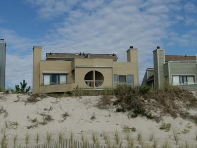 Copropriété for sales at Spacious Oceanfront 10 Island Dune Drive  South Seaside Park, New Jersey 08752 États-Unis