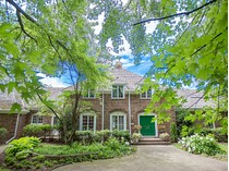 Einfamilienhaus for sales at The Estate at 2 Deepwood Road    Barrington Hills, Illinois 60010 Vereinigte Staaten