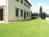 Apartment for sales at Charming apartment with garden in Villa  Firenze,  50125 Italy