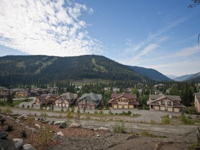 地產 for sales at Spectacular Ski-in/Ski-out Lot on Bella Vista 4225 Bella Vista Drive Sun Peaks, 不列顛哥倫比亞省 V0E 5N0 加拿大