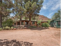 "Einfamilienhaus for sales at Amazing ""Old Sedona"" Home 1955 Red Rock Loop Rd   Sedona, Arizona 86336 Vereinigte Staaten"