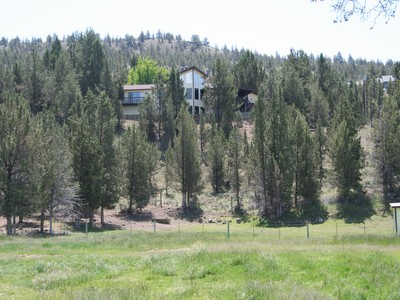 Ferme / Ranch / Plantation for sales at Prineville Ranch Home 6220 S Crooked River Hwy Prineville, Oregon 97754 États-Unis