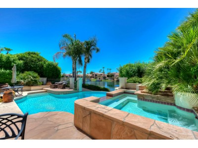 Tek Ailelik Ev for sales at Gorgeous Waterfront Home 10101 E Bayview Drive Scottsdale, Arizona 85258 Amerika Birleşik Devletleri