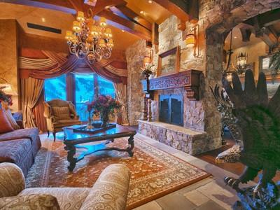 Condomínio for sales at St. Regis 11th Floor Penthouse 2300 Deer Valley Dr # 1102   Park City, Utah 84060 Estados Unidos