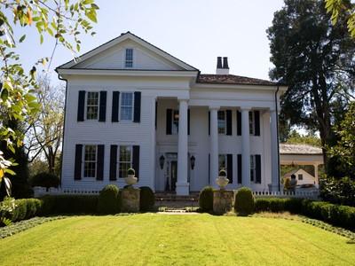 Farm / Ranch / Plantation for sales at Historic 16.73 Acre Equestrian Estate 1851 Collinsworth Road Palmetto, Georgia 30268 United States