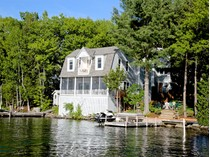 Einfamilienhaus for sales at Charming Lake Sunapee Home 95 Lake Avenue   Sunapee, New Hampshire 03782 Vereinigte Staaten