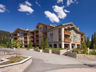 Wohnung for sales at Desirable Extra Large One Bedroom Condo 204 - 1390 Creekside Way Sun Peaks, Britisch-Kolumbien V0E5N0 Kanada