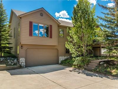 Maison unifamiliale for sales at 9050 Grizzly Way  Evergreen, Colorado 80439 États-Unis