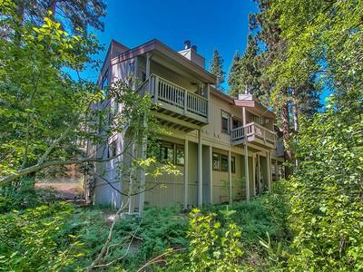 Condominium for sales at 700 Titleist Drive #C 700 Titlest Drive #C Incline Village, Nevada 89451 United States