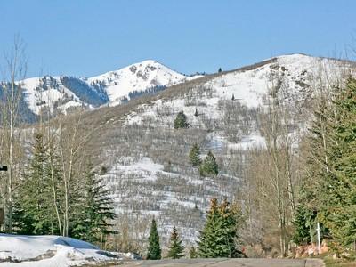 土地,用地 for sales at Spectacular View Lot in Deer Valley 3555 Sun Ridge Dr Park City, 犹他州 84060 美国
