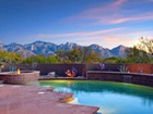 Moradia for  sales at Immaculate Elegant Custom Hilltop Home in Guard Gated Estates at Honey Bee Ridge 585 E Crescent Moon Drive   Oro Valley, Arizona 85755 Estados Unidos