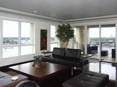 Appartement en copropriété for sales at Alhambra Place 209 N Birch Road 1002 Fort Lauderdale, Florida 33301 États-Unis