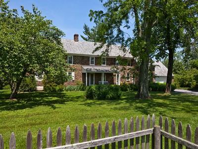 Vivienda unifamiliar for sales at Doylestown, PA 5550 Twin Silo Rd Doylestown, Pennsylvania 18902 Estados Unidos