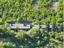 Moradia for sales at Architectural Master Piece on 6.5 Acres of Private Land 4198 Prospector Dr   Salt Lake City, Utah 84121 Estados Unidos