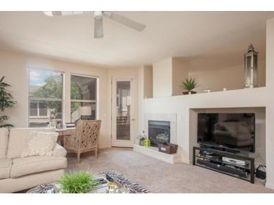 Nhà phố for sales at Fabulous Luxury Townhome With Resort Amenities In Kierland Greens 15221 N Clubgate Drive #2116  Scottsdale, Arizona 85254 Hoa Kỳ