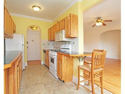 Nhà tập thể for sales at Renovated Prewar 2 BR on Johnson Ave. 3656 Johnson Avenue 6E  Riverdale, New York 10463 Hoa Kỳ