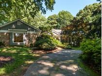 Casa Unifamiliar for sales at 5607 Lambshire Drive    Raleigh, Carolina Del Norte 27612 Estados Unidos