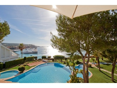 Appartamento for sales at Penthouse duplex with views in Santa Ponsa  Santa Ponsa, Maiorca 07181 Spagna