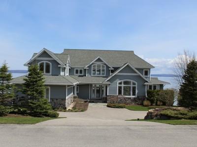 단독 가정 주택 for sales at 5162 Coastal Drive   Bay Harbor, 미시건 49770 미국