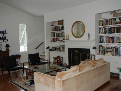 Condominium for sales at Light & Bright End Unit 1 Juniper Meadow Road  Washington, Connecticut 06794 United States