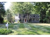 Casa Unifamiliar for sales at Fantastic Condo Alternative 185 Grumman Avenue   Norwalk, Connecticut 06851 Estados Unidos