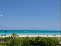 Eigentumswohnung for sales at Roney 2301 Collins Ave 1027   Miami Beach, Florida 33139 Vereinigte Staaten