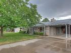 Casa para uma família for sales at Darling Cottonwood Heights Rambler 7697 South 2325 East Cottonwood Heights, Utah 84121 Estados Unidos
