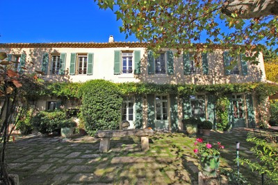 Ranch / Plantation for sales at Authentic 17th century farmhouse on 31 hectares  Saint Remy De Provence, Provence-Alpes-Cote D'Azur 13210 France