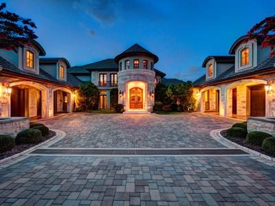 Nhà ở một gia đình for sales at Chateau at Costa Bella 213 Costa Bella Dr Austin, Texas 78734 Hoa Kỳ