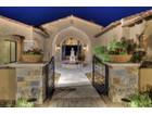 Casa para uma família for  sales at Luxury New Custom Home in the North Scottsdale Community of Collina e Vista 11775 E Quartz Rock Road   Scottsdale, Arizona 85255 Estados Unidos
