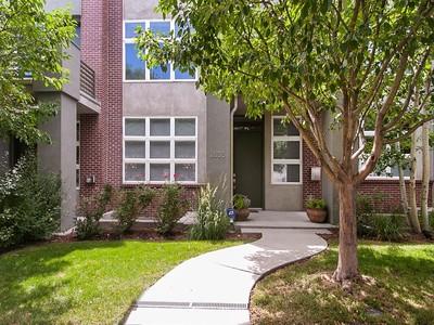 Maison unifamiliale for sales at 2835 Umatilla Street  Denver, Colorado 80211 États-Unis