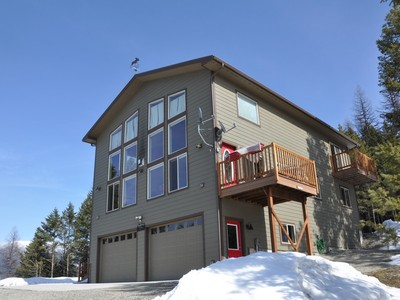 Maison unifamiliale for sales at Private Home on 5 Acres 127 Out of Bounds Trail Whitefish, Montana 59937 États-Unis