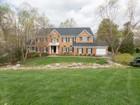 獨棟家庭住宅 for sales at 10310 Mystic Meadow Way, Oakton   Oakton, 弗吉尼亞州 22124 美國