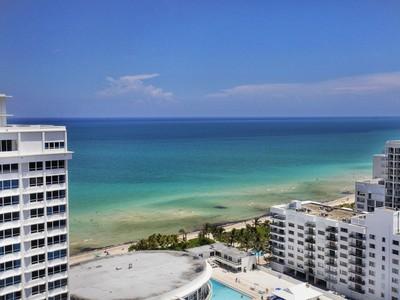 共管物業 for sales at 5500 Collins Ave 5500 Collins Ave 2301 Miami Beach, 佛羅里達州 33140 美國