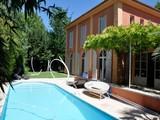 Property Of Aix-en-Provence, town center, cul de sac