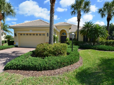 Single Family Home for sales at LAKEWOOD RANCH 13926  Siena Loop Lakewood Ranch, Florida 34202 United States