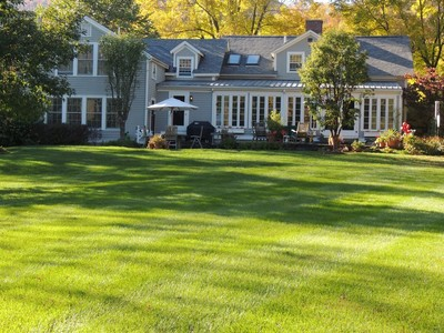 Casa para uma família for sales at Stylish Antique Farmhouse on 96 Acres 988 Hancock Rd. Williamstown, Massachusetts 01267 Estados Unidos