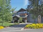 Casa Unifamiliar for  sales at Beautiful Awbrey Butte Home 3264 NW Colver Ct   Bend, Oregon 97701 Estados Unidos