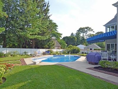 단독 가정 주택 for sales at Unique Custom Home 323 South Blvd Spring Lake, 뉴저지 07762 미국