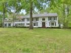 Casa Unifamiliar for  sales at 6 Beaver Dam Road  Colts Neck, Nueva Jersey 07722 Estados Unidos