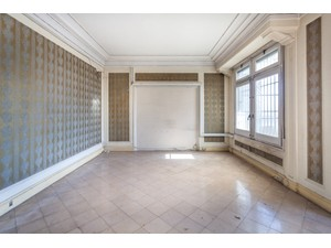 Additional photo for property listing at Penthouse to be refurbished overlooking the Paseo de Gracia and the Casa Batlló Barcelona City, Barcelona Spain
