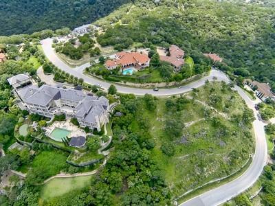 Đất đai for sales at Spectacular Lot with A View 4325 River Garden Trail Austin, Texas 78746 Hoa Kỳ