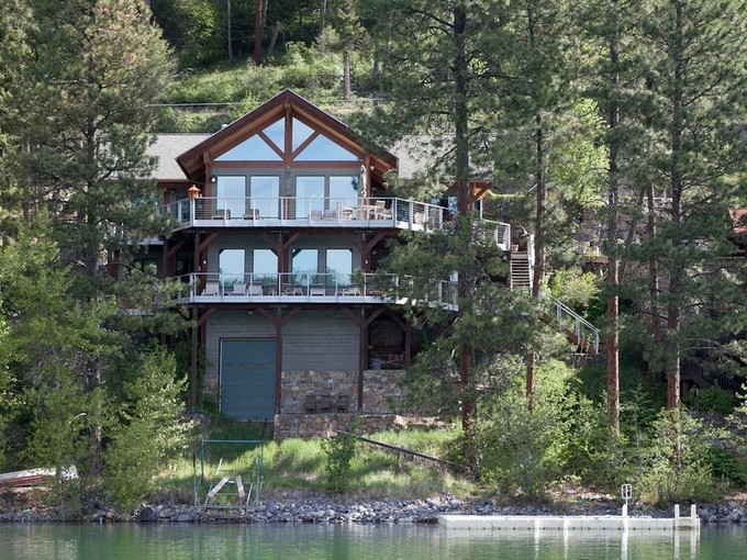 Maison unifamiliale for sales at Whitefish Lakefront Home 2818 Rest Haven Dr  Whitefish, Montana 59937 États-Unis