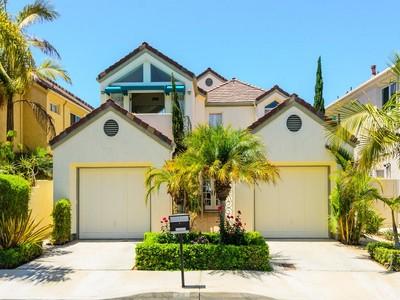 Casa para uma família for sales at Coroando Cays 42 Spinnaker Way Coronado, Califórnia 92118 Estados Unidos