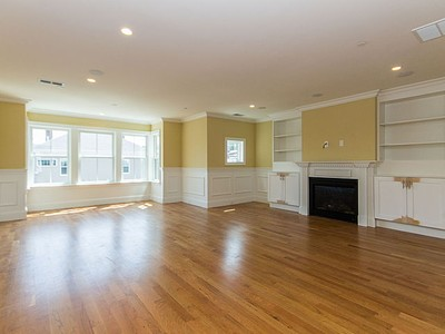 Nhà chung cư for sales at 49 L Street- Unit 1  Boston, Massachusetts 02127 Hoa Kỳ