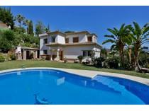 Nhà ở một gia đình for sales at Lovely villa on golf valley Nueva Andalucía Marbella, Costa Del Sol 29660 Tây Ban Nha