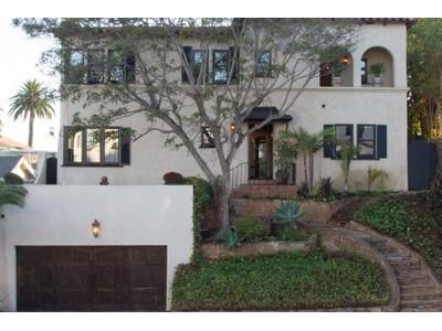 Casa Unifamiliar for sales at 3025 Curtis Street   San Diego, California 92106 Estados Unidos