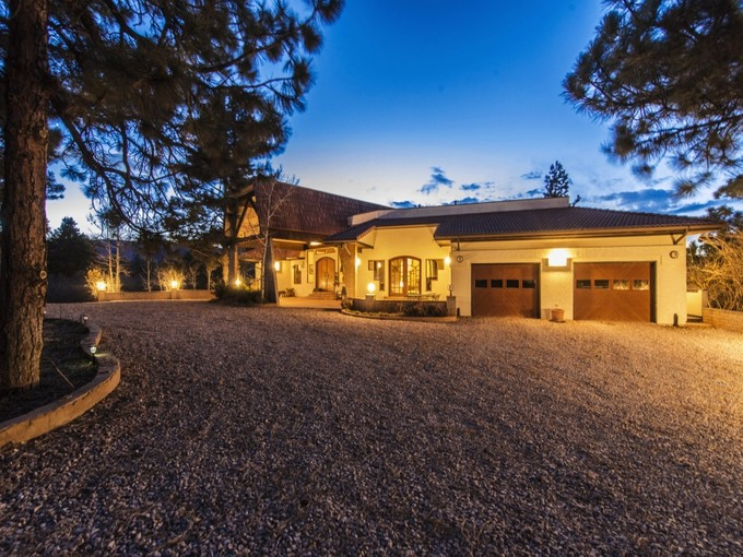 Hayvan Çiftliği/Çiftlik/Ekili Alan for sales at 7300 Perry Park Rd  Larkspur, Colorado 80118 United States